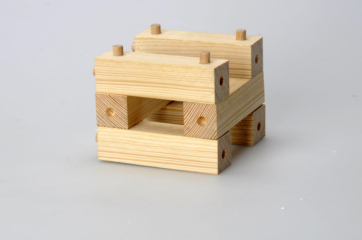 Dice_wood_01